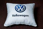 Подушки для авто. Печать логотипов машины на подушки,  надписей и проче