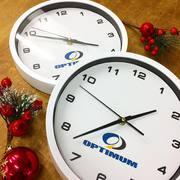Часы с логотипом. Печать на настенных часах,  рисунков,  логотипов и про